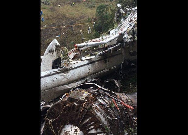 Lista de 81 passageiros inclui 4 que não embarcaram e estão vivos