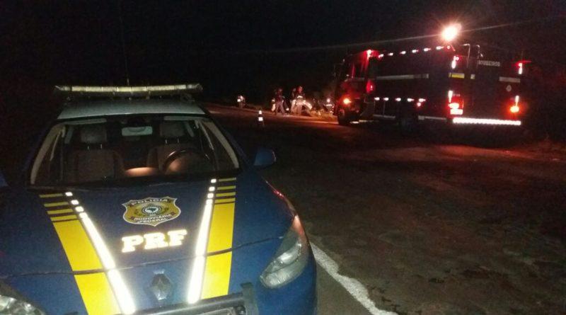 Colisão frontal entre carreta e veículo deixa um morto em Cruz Alta
