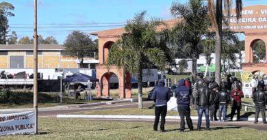 Associação Brasileira dos Caminhoneiros não aceita proposta do governo e greve irá continuar