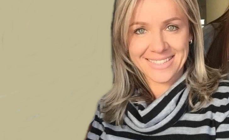 Mulher é encontrada morta no porta-malas de veículo Toyota Corolla