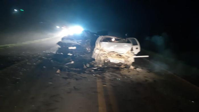 Quatro pessoas da mesma família morrem em acidente na BR-386