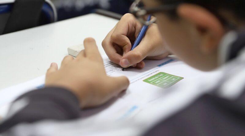 MP diz que pais e estudantes que não quiserem voltar às aulas presenciais devem ter opção de ensino remoto